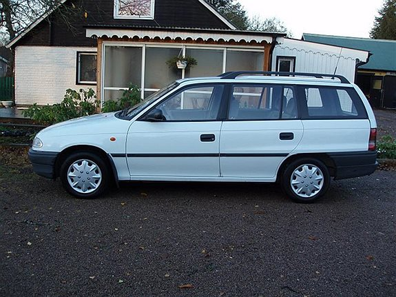 Opel Astra 1.6 1997 photo - 5