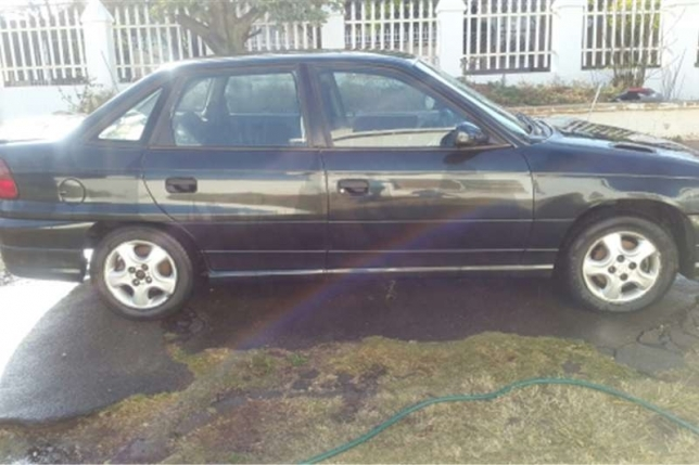 Opel Astra 1.6 1997 photo - 8
