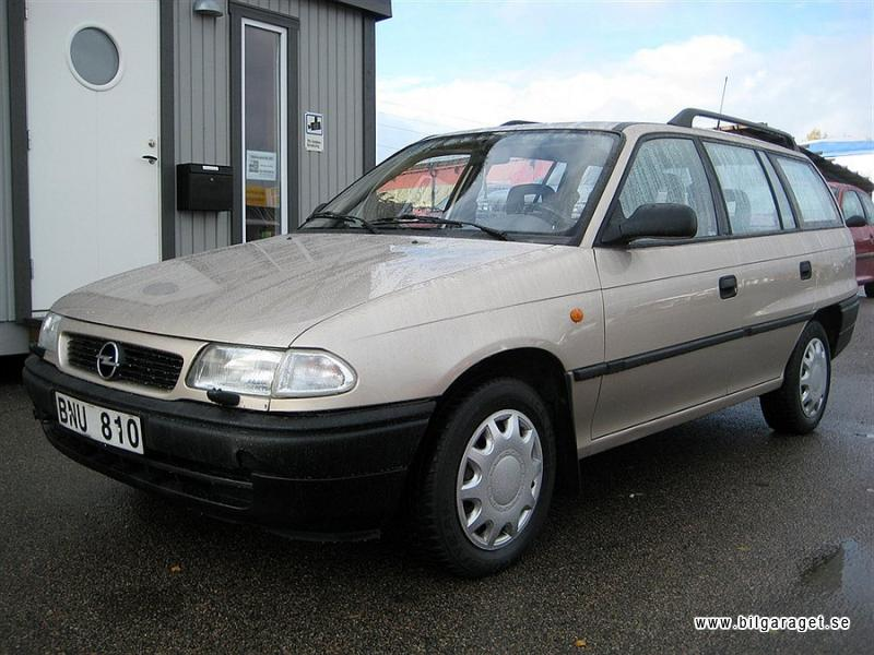 Opel Astra 1.6 1997 photo - 9
