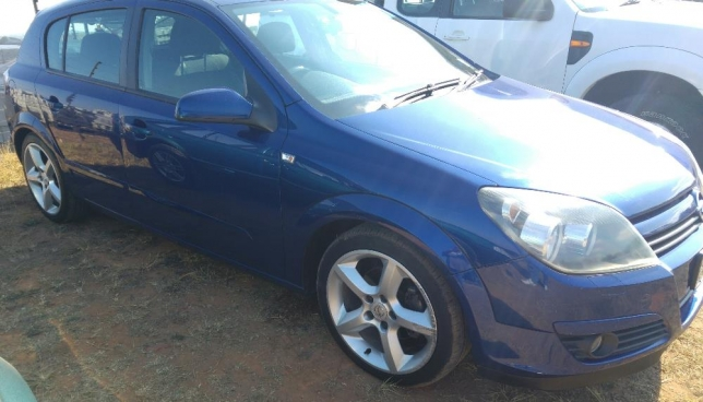 Opel Astra 1.6 2005 photo - 7