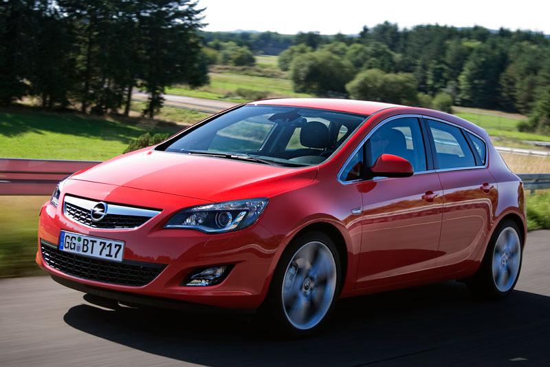 Opel Astra 1.6 2010 photo - 1