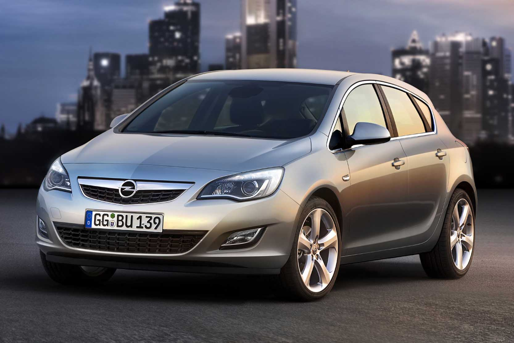 Opel Astra 1.6 2010 photo - 7