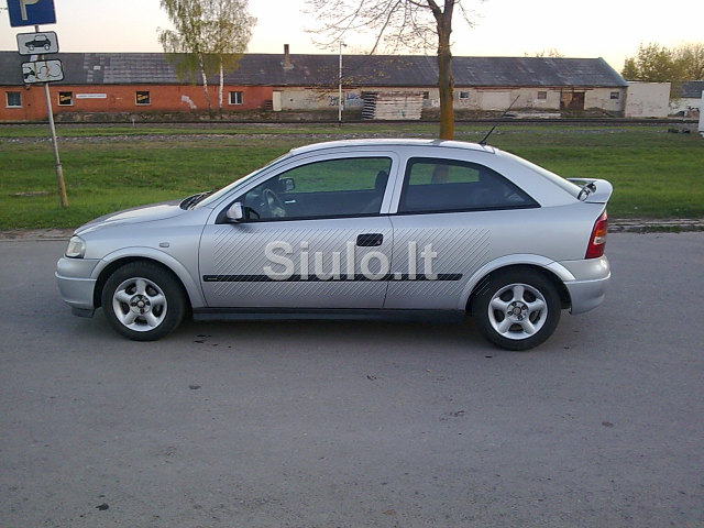 Opel Astra 1.7 2001 photo - 1