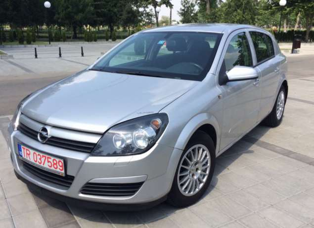 Opel Astra 1.7 2005 photo - 8