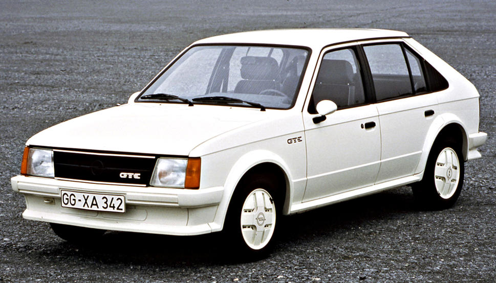Opel Astra 1.8 1984 photo - 1