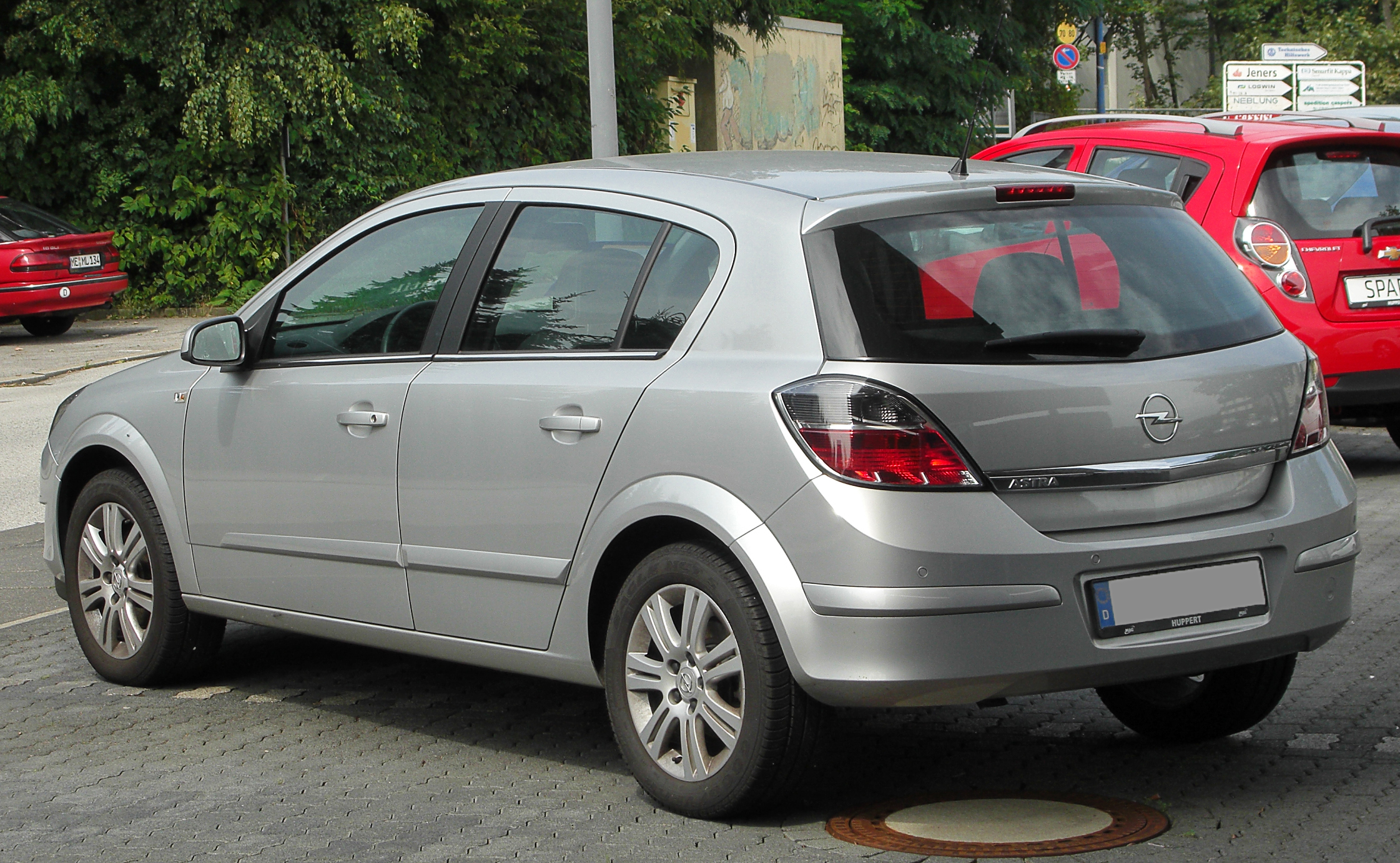 Opel Astra 1.8 2010 photo - 2