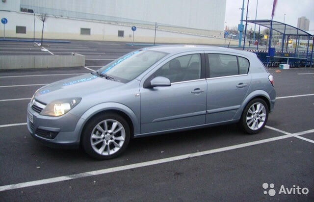 Opel Astra 1.8 2010 photo - 7