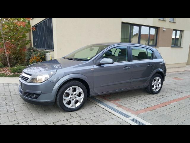 Opel Astra 1.9 2005 photo - 10