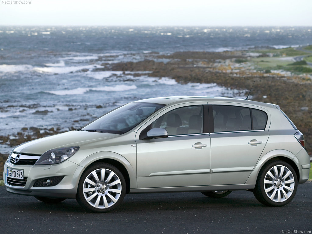 Opel Astra 1.9 2007 photo - 1