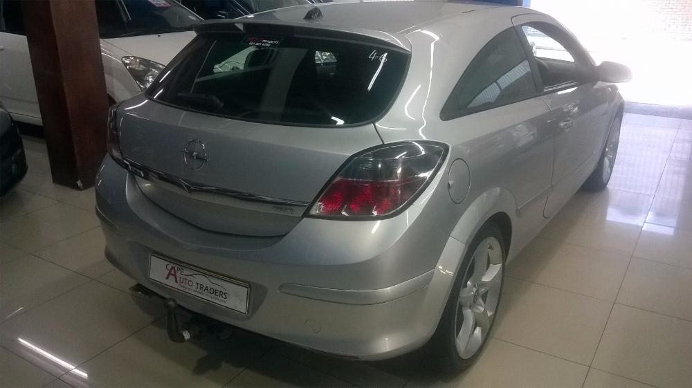 Opel Astra 1.9 2007 photo - 11