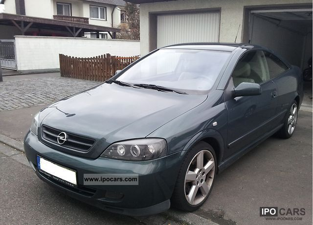 Opel Astra 2.0 2001 photo - 2