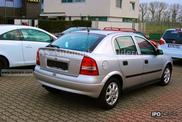 Opel Astra 2.0 2001 photo - 4