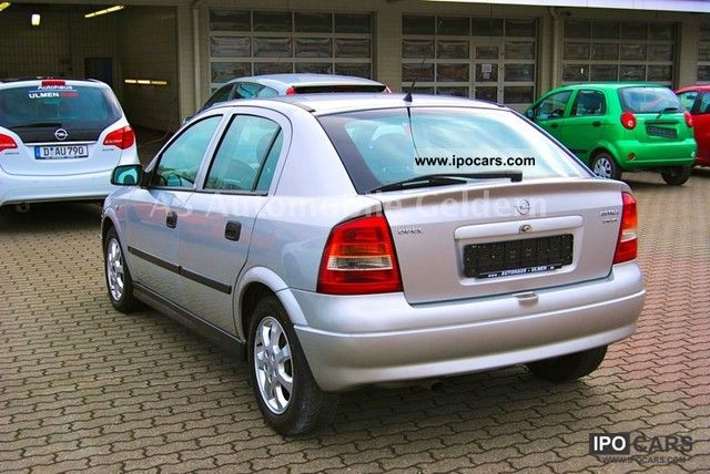 Opel Astra 2.0 2001 photo - 8