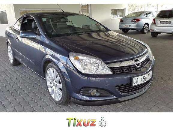 Opel Astra 2.0 2009 photo - 9