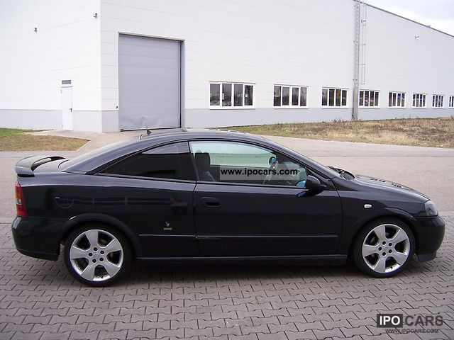 Opel Astra 2.2 2002 photo - 4