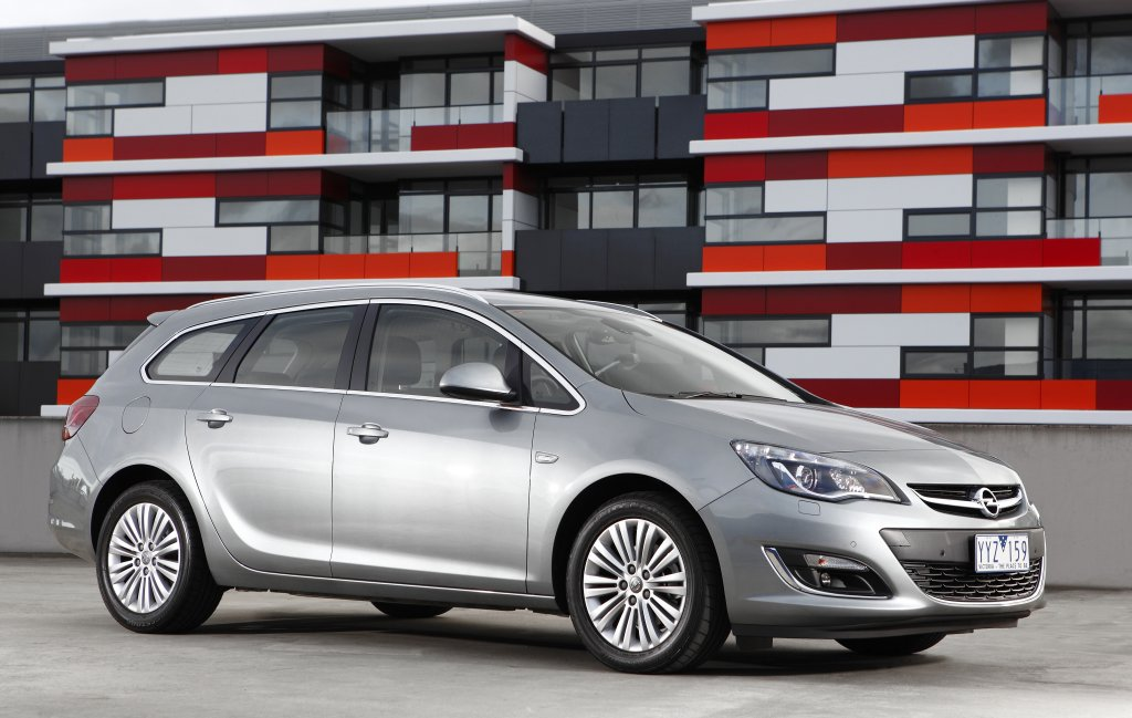Opel Astra 2.2 2012 photo - 5