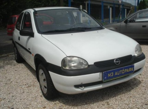 Opel Corsa 1.0 1997 photo - 12
