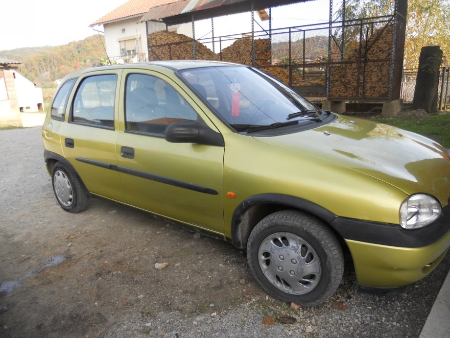 Opel Corsa 1.0 1997 photo - 5