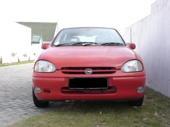 Opel Corsa 1.0 1997 photo - 8
