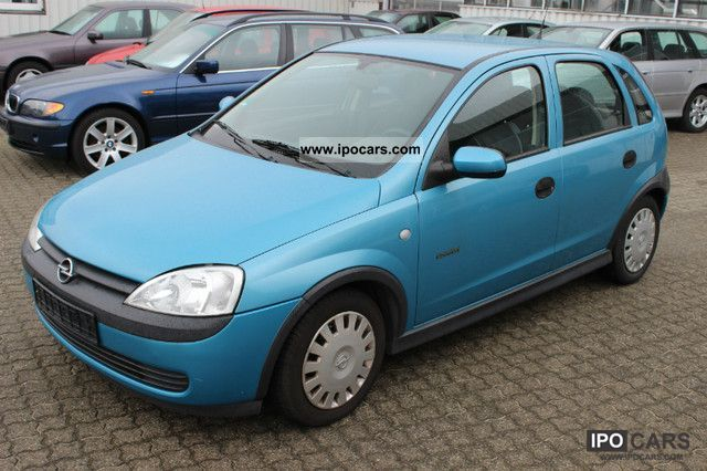 Opel Corsa 1.0 2002 photo - 1