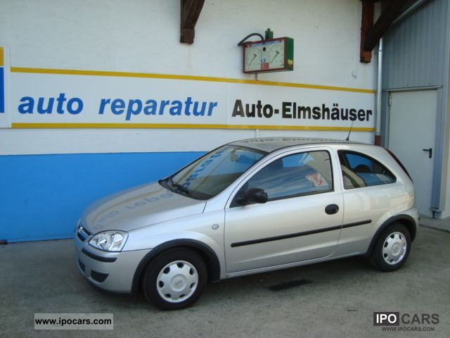 Opel Corsa 1.0 2004 photo - 1