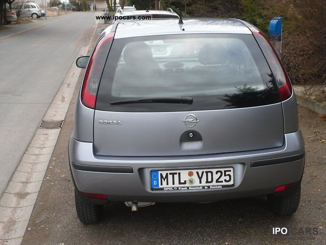 Opel Corsa 1.0 2004 photo - 7