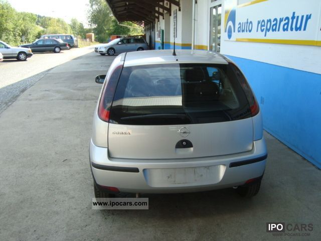 Opel Corsa 1.2 2004 photo - 12