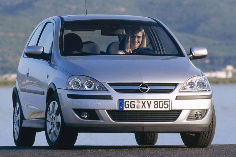 Opel Corsa 1.2 2004 photo - 4