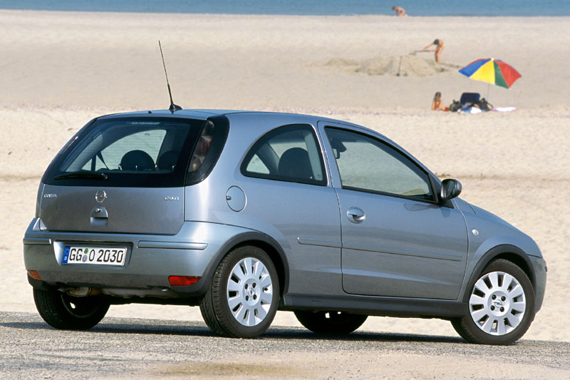 Opel Corsa 1.2 2004 photo - 8