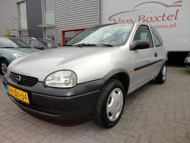 Opel Corsa 1.2i 1999 photo - 7