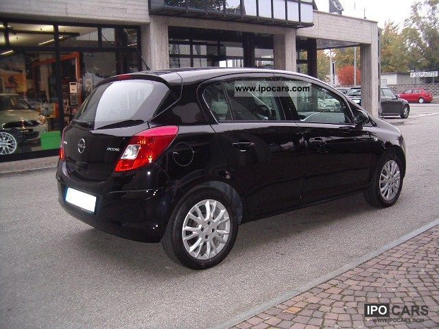 Opel Corsa 1.3 2009 photo - 4