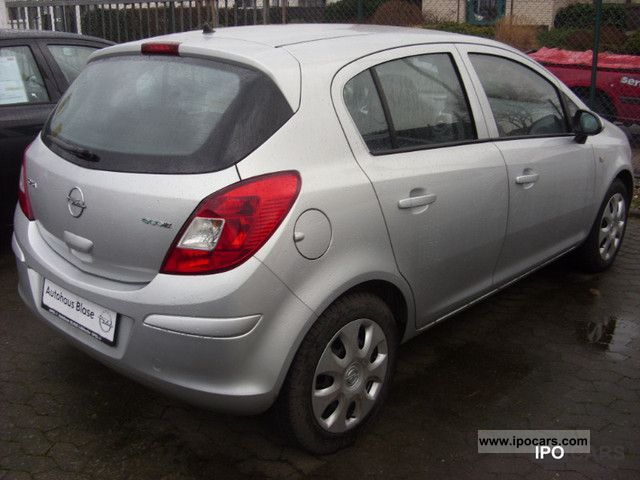 Opel Corsa 1.3 2009 photo - 8