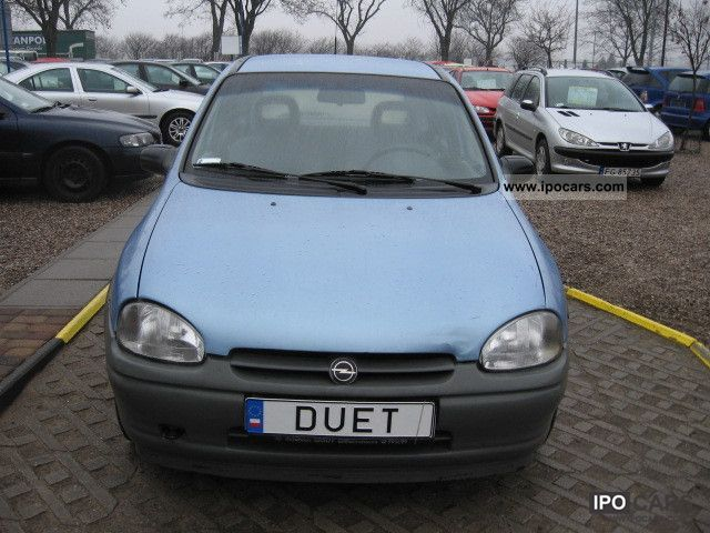 Opel Corsa 1.4 1995 photo - 4