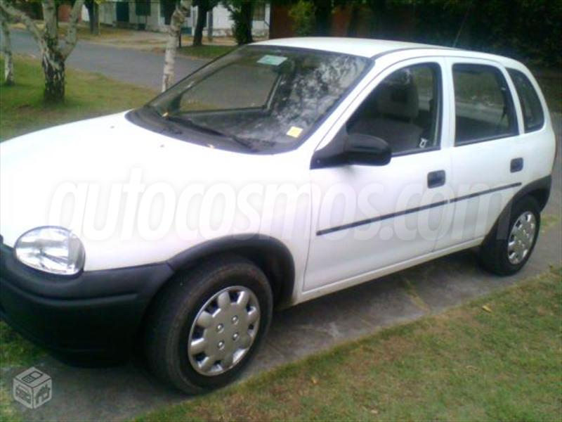 Opel Corsa 1.4 1996 photo - 3
