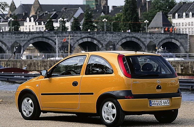 Opel Corsa 1.4 2000 photo - 10