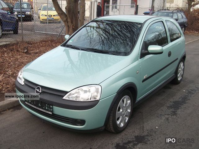 Opel Corsa 1.4 2000 photo - 12