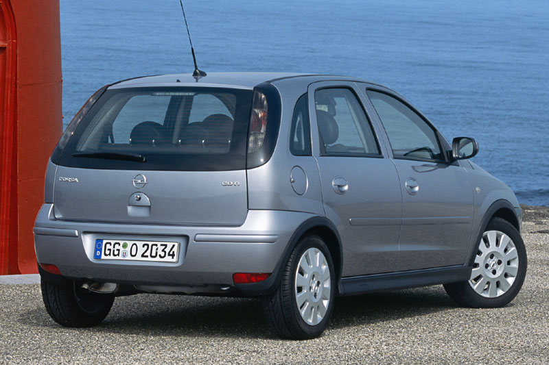Opel Corsa 1.7 2003 photo - 12