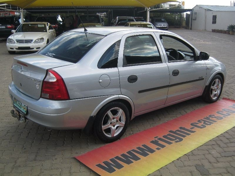 Opel Corsa 1.7 2003 photo - 4