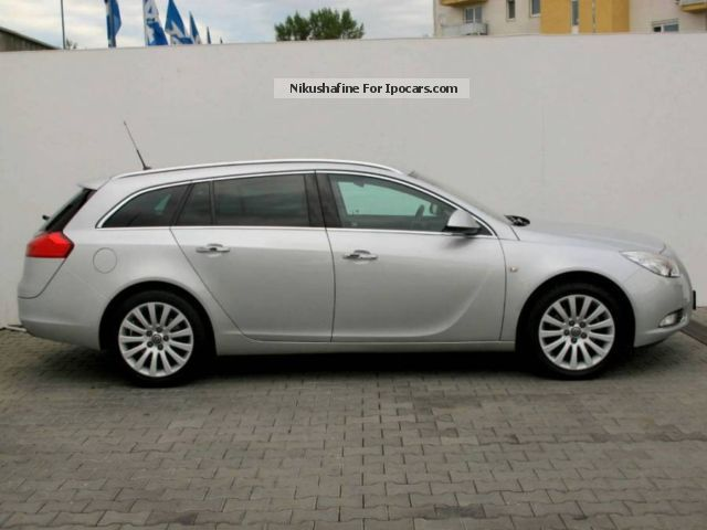 Opel Insignia 2.0 2009 photo - 11