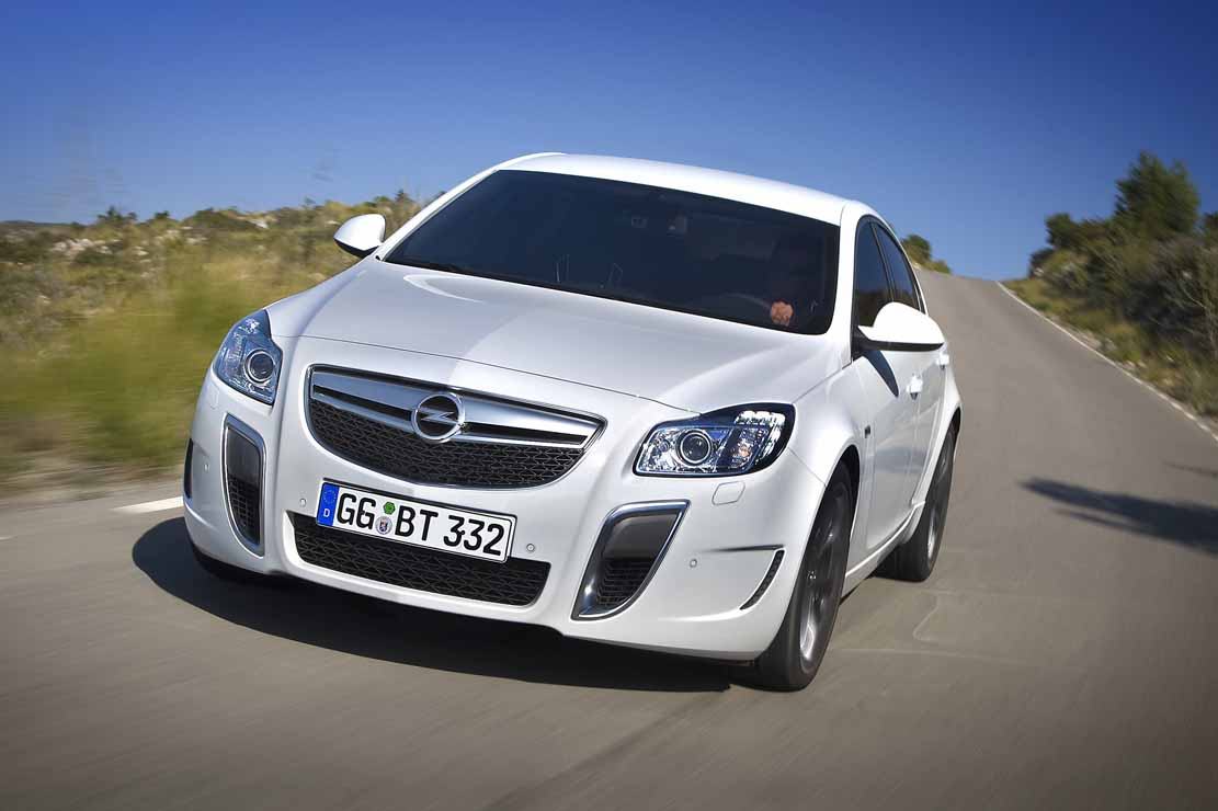 Opel Insignia 2.0 2013 photo - 3