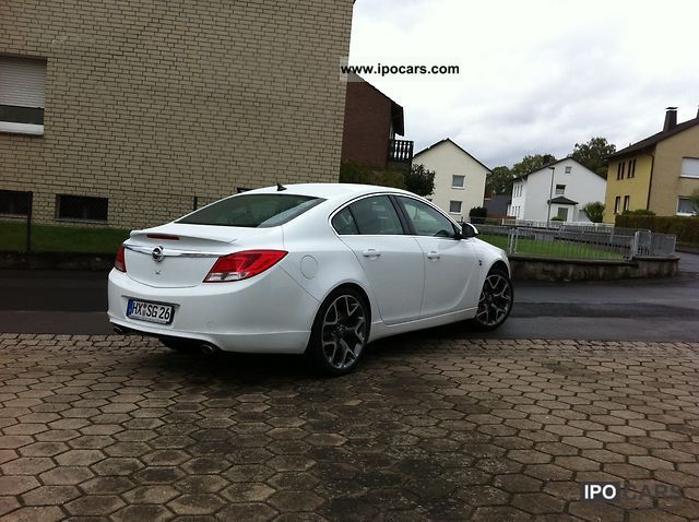 Opel Insignia 2.8 2012 photo - 12