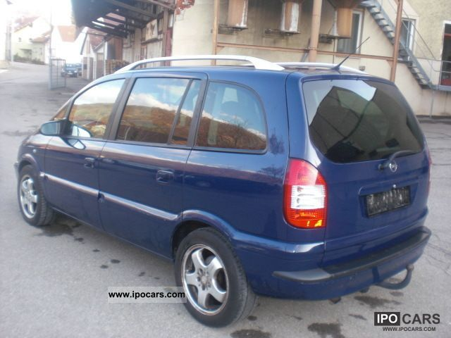 Opel Zafira 2.0 2004 photo - 10