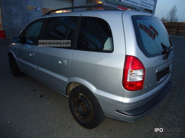 Opel Zafira 2.0 2004 photo - 4