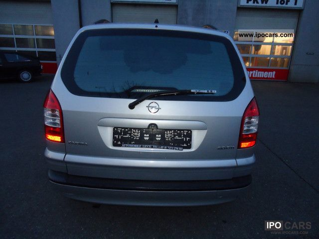 Opel Zafira 2.0 2004 photo - 8