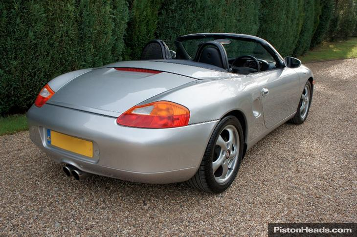 Porsche Boxster 2.5 1998 photo - 7
