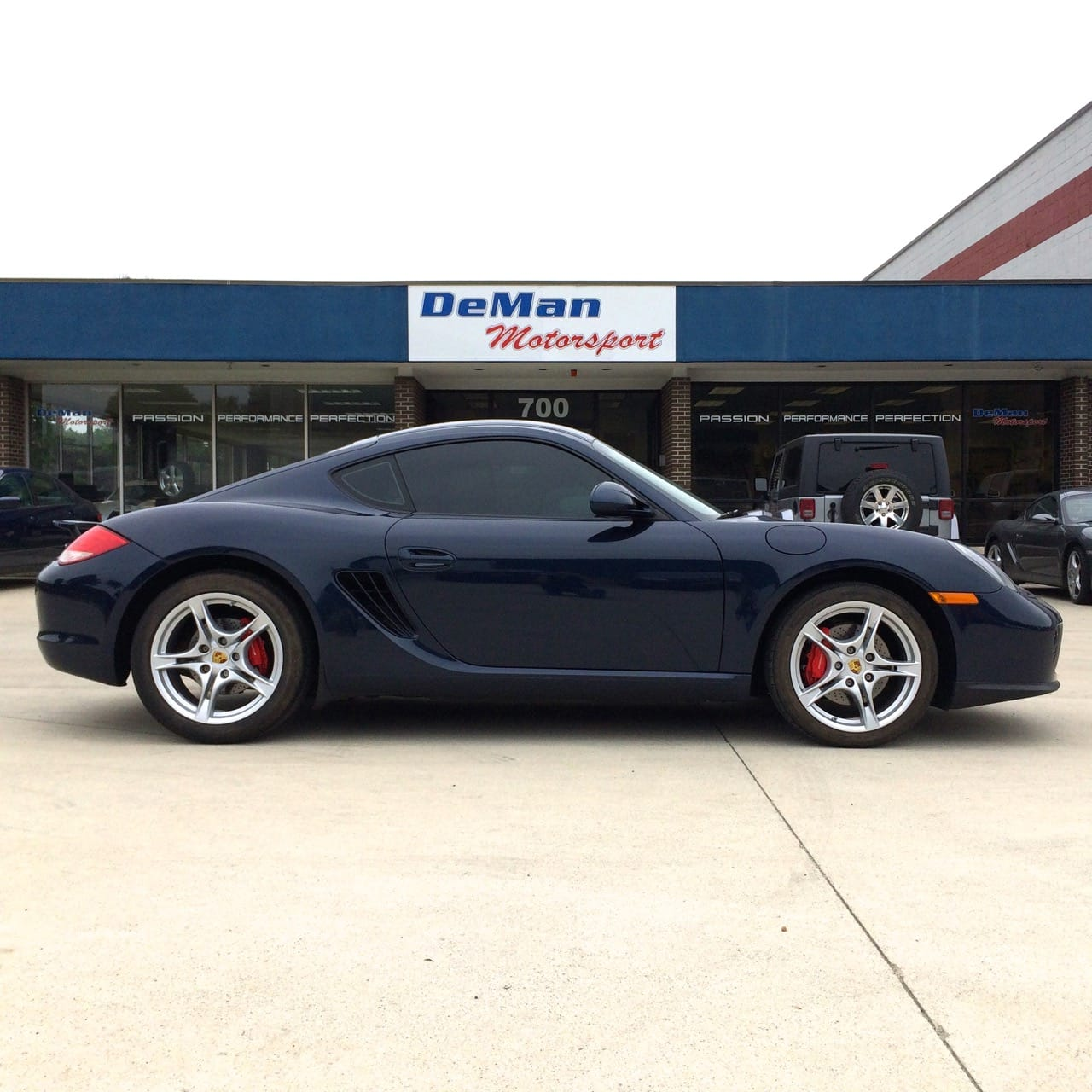Porsche Cayman S 2011 photo - 10