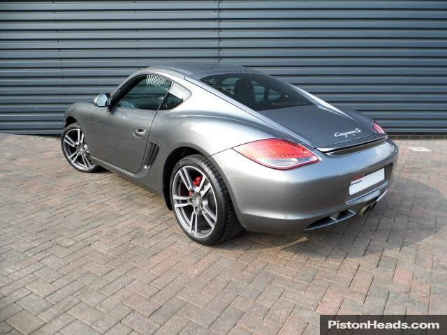 Porsche Cayman S 2011 photo - 12