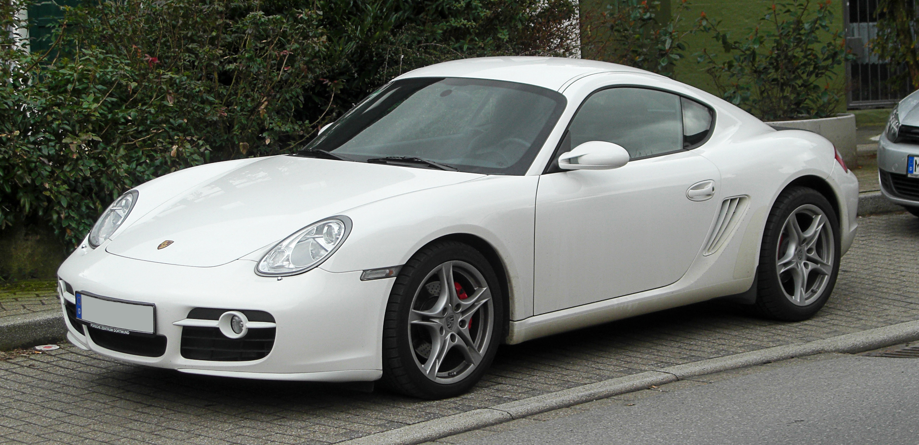 Porsche Cayman S 2011 photo - 7