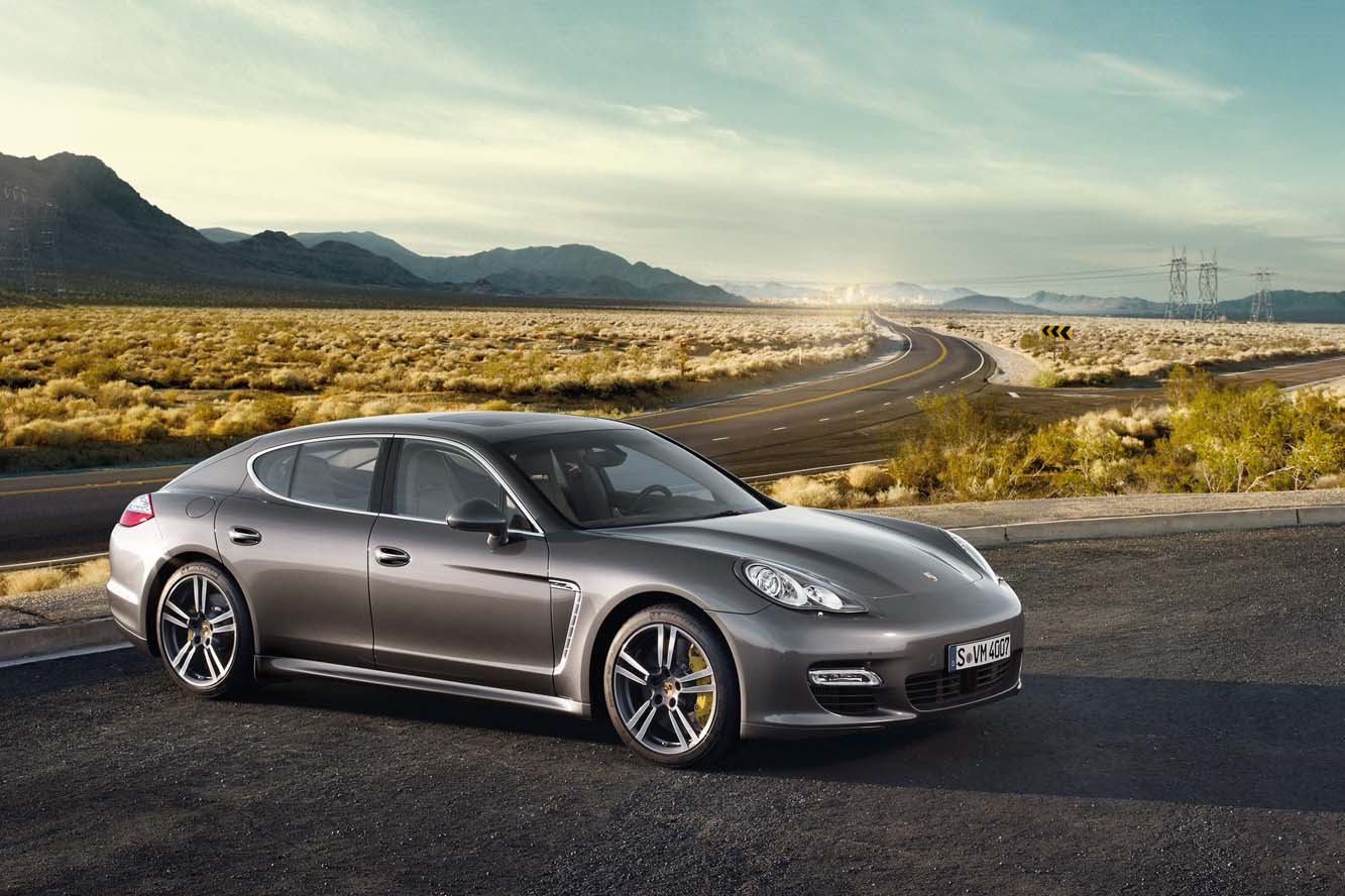 Porsche Panamera Turbo 2013 photo - 3