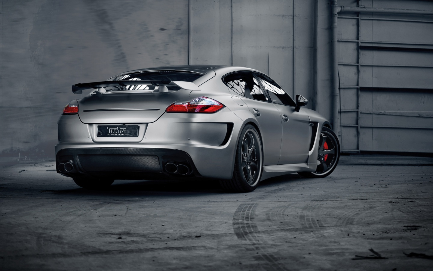 Porsche Panamera Turbo 2013 photo - 4
